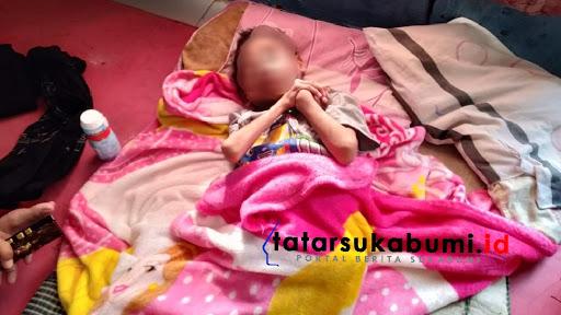 Abidin Bocah 9 tahun diduga mengalami Gizi buruk / Foto : Isep Panji (8/1/2019)
