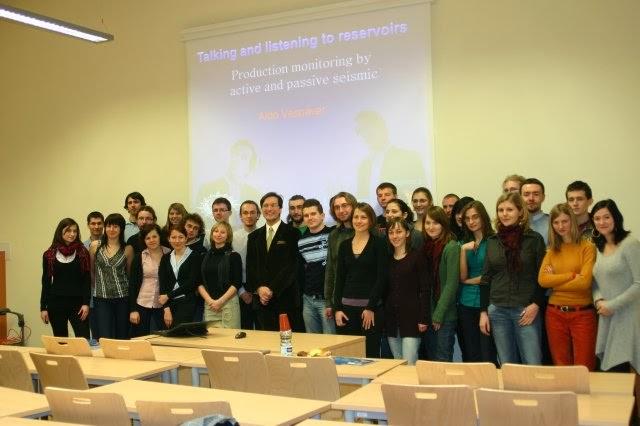 SEG Honorary Lecture Tour 2011 - Aldo Vesnaver - phoca_thumb_l_039.jpg