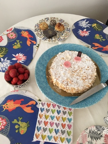 birthday cake Gunnarsons