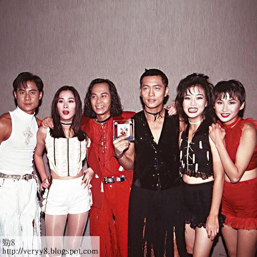 寶記的一班元老,(左起)蔡一傑、關淑怡、蔡一智、蘇志威、劉小慧、湯寶如。