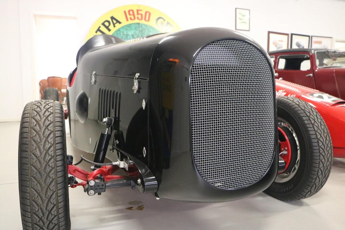 Carl_Lindner_Collection - 1936 Ford V8 Special - Black Bess 10.jpg