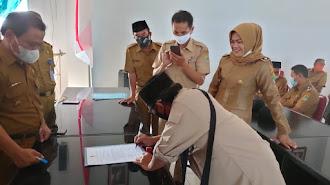 Empat Kades Baru Sertijab di Lemahabang Karawang, IKD : Perlu Pembinaan