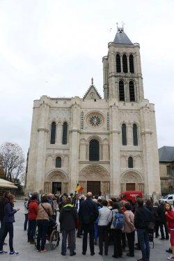 Een weekendje Parijs met kwb gooik & strijland en Landelijke Gilde Gooik. Een 60tal deelnemers zakten af met de bus naar de lichtstad. Slechts enkele dagen voor de noodlottige gebeurtenissen...