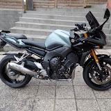 harley davidson sportster 833 r 2005 16000km état neuf 6300e garantie 1an à venir sur la moto 2 pneus flan blanc (le texte de l'annonce ne correspond pas car problême avec le site)