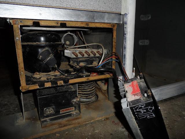 T4zone afficher le sujet demontage et fonctionnement - Peut on coucher un refrigerateur pour le transporter ...