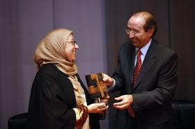 Premio IMPORTANTE concedido por el periodico El Levante a Amparo Sánchez Rosell, Presidenta del Centro Cultural Islámico de Valencia