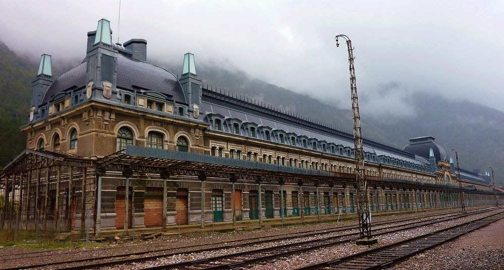 canfranc-station-7