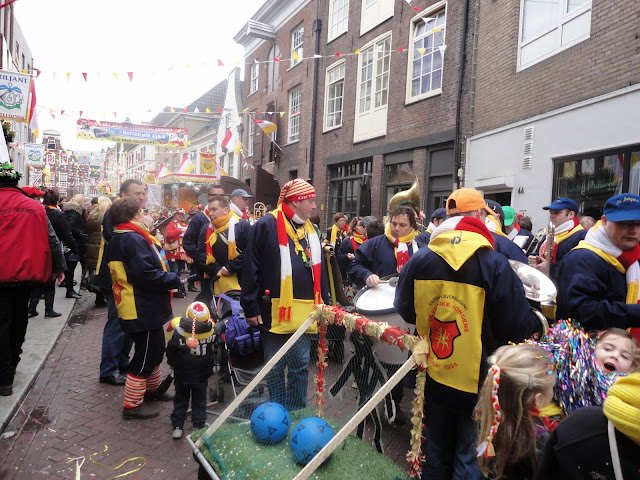 2012-02-19 tm 21 Carnaval in Oeteldonk - DSC00397.JPG