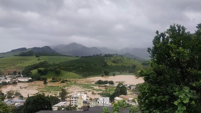 Governo promete liberar neste sábado R$ 14 milhões para 31 cidades mineiras afetadas pela chuva - Divino está na lista