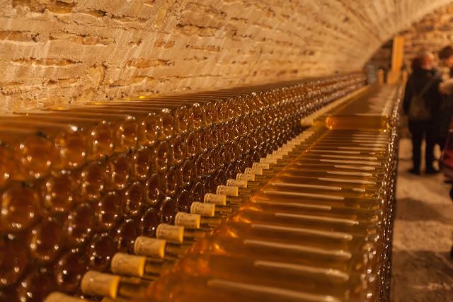 2015, dégustation comparative des chardonnay et chenin 2014. guimbelot.com - 2015-11-21%2BGuimbelot%2Bd%25C3%25A9gustation%2Bcomparatve%2Bdes%2BChardonais%2Bet%2Bdes%2BChenins%2B2014.-106.jpg