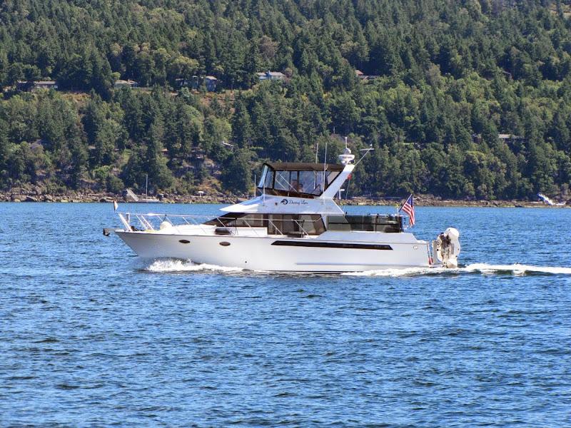 Thomas' boat, Dancing Loon