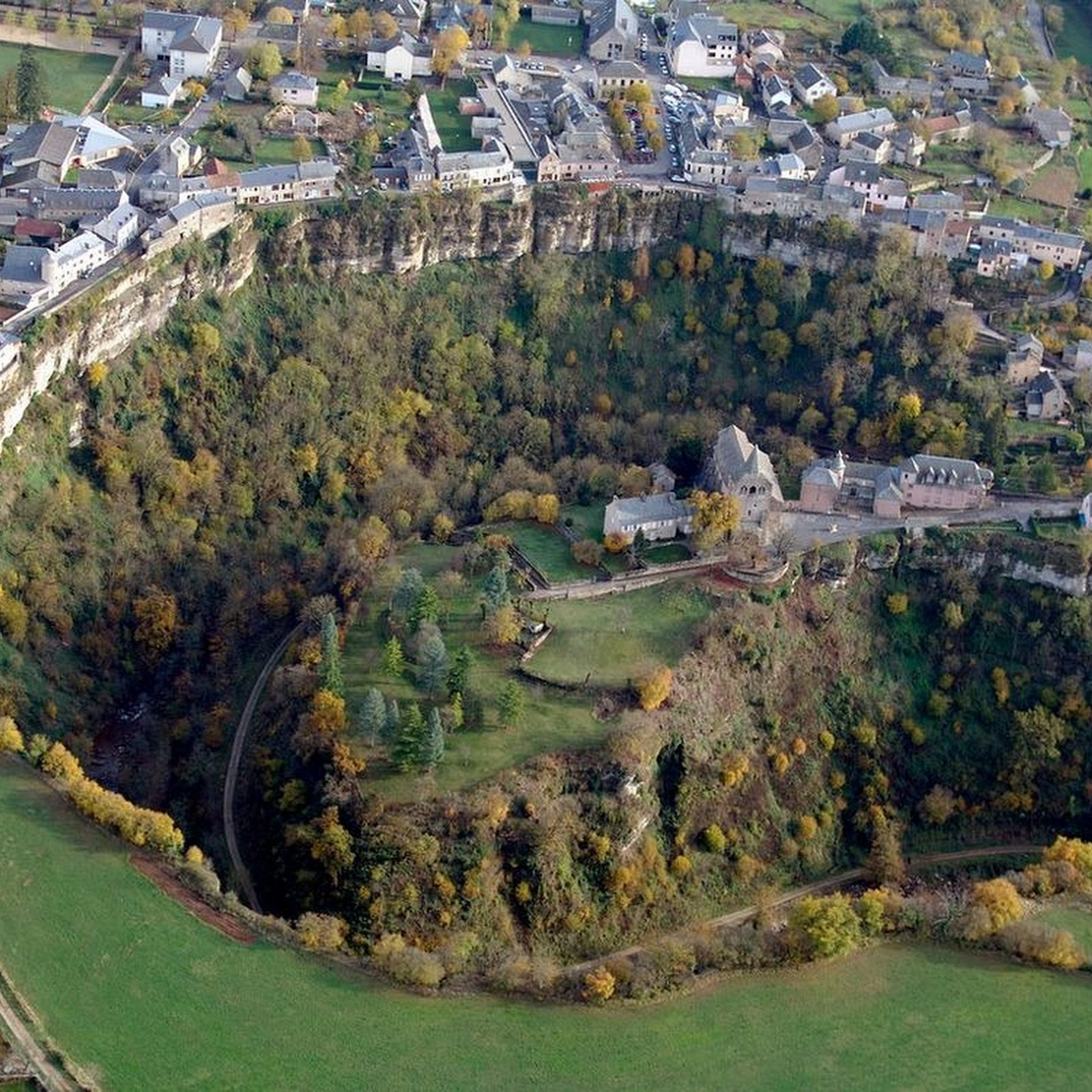 Bozouls: A French Town Perched Above A 'Hole'
