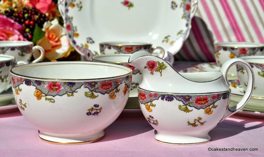 Aynsley antique creamer and sugar bowl pattern no. A3541