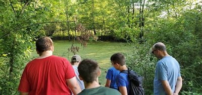Nature hike at Scioto Grove Metro Park