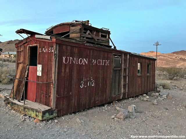 union-pacific-vagon-rhyolite.JPG