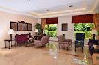 Фото 7 Royal Garden Suite Hotel