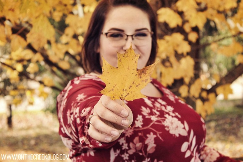 High School Senior Pictures | Fall Leaves