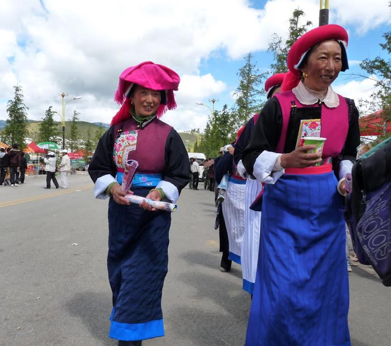 Chine. Yunnan.Shangri la Course hippique annuelle - P1250760.JPG