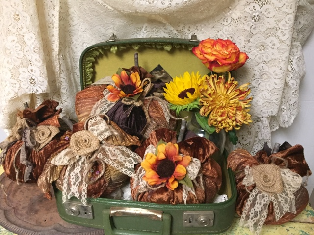 fall decorating with fabric pumpkins