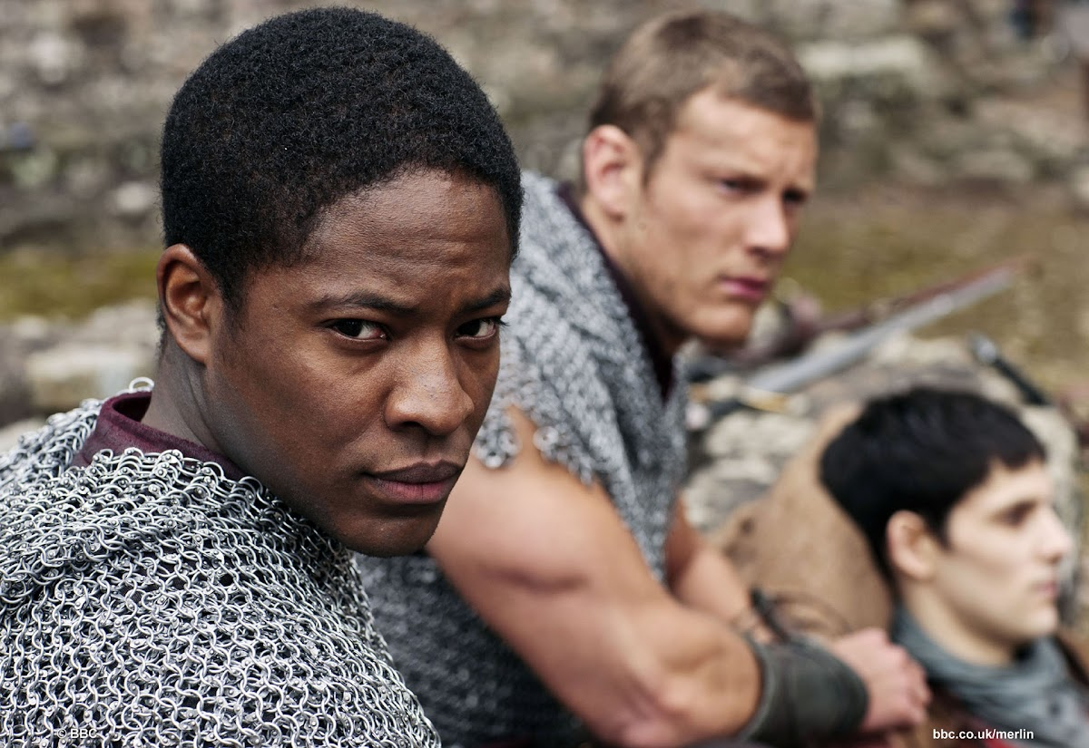 Adetomiwa Edun is Sir Elyan and Tom Hopper is Sir Percival