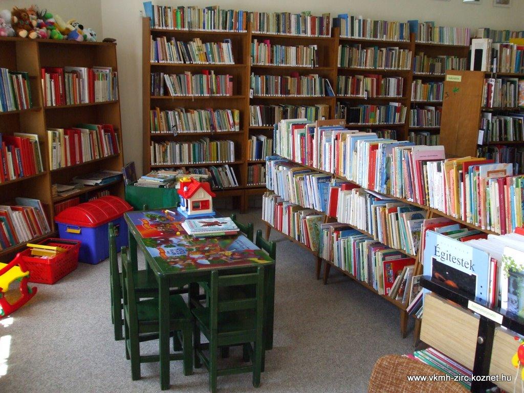2009 jan. könyvtár 006.jpg rel=