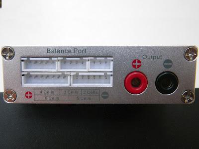 14 - Le chargeur électrique intelligent (plomb, lithium,NiMh...) + balance board Balance_port_1