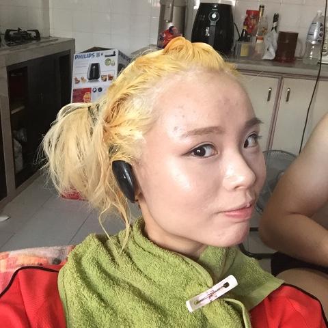 April Skin Turn Up Colour Treatment Hair Dye Review - Jean ...