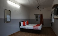 Oyo 36705 Laxmi Lodge New photo 8