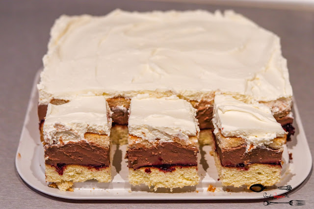 ciasta i desery, ciasto na biszkopcie,ciasto z masą budyniową,ciasto z masą czekoladową,ciasto z kremem śmietanowym,
