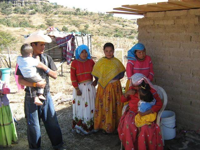 Fundacion Clinica de Medicina Indigena DIC.09 - 74578_158664620835244_100000751222696_251368_8102994_n%255B1%255D.jpg