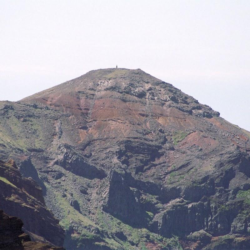Madeira_38 Pico Ruivo Walk.jpg