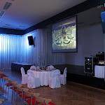 Sál v Paláci Charitas je připravený na lekci stolování