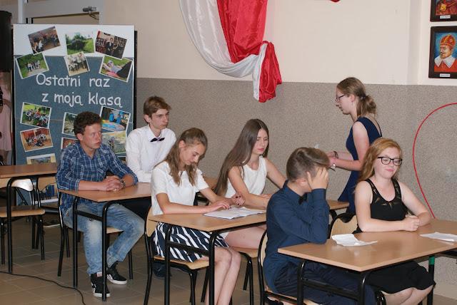 Pożegnanie klas trzecich gimnazjum - DSC06261.JPG