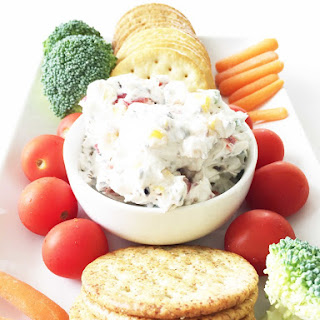 5 Ingredient Skinny Summer Vegetable Dip.