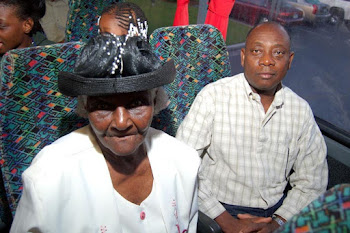 savannah bus trip (75).jpg