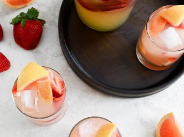 Sparkling Grapefruit Sangria