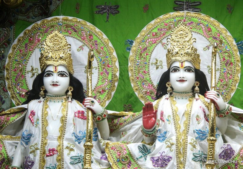 ISKCON Juhu Mangal Deity Darshan on 26th June 2016 (8)