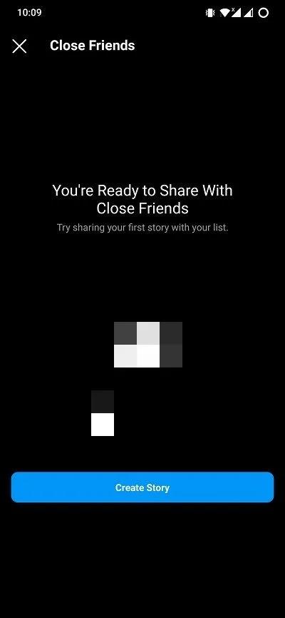 أصدقاء مقربون