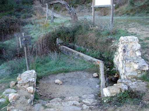 Senderismo: Frares de Quatretondeta - Penya Creus - Serrella - Pla de la Casa - Nevera - Penya La Yedra - PR-CV 24