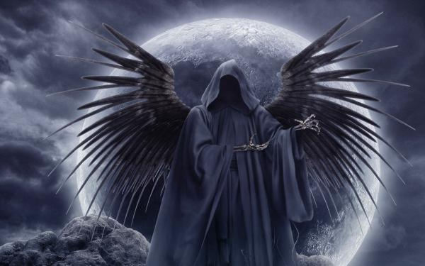 Deadly Angel In Moonlight, Gothic Angels