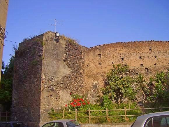 Mura carlo V