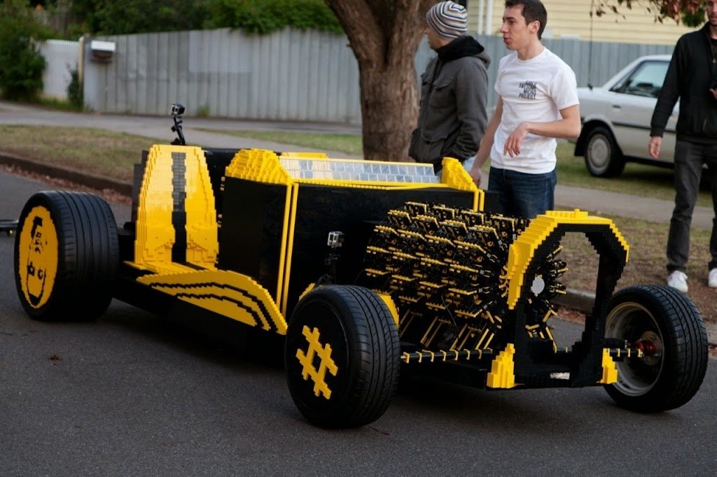Super Awesome Micro Project Lego Car 10
