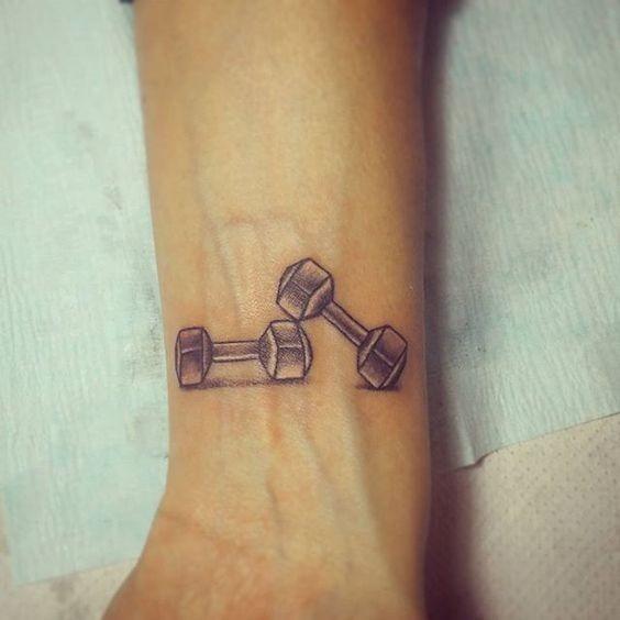 halteres_de_pulso_tatuagem