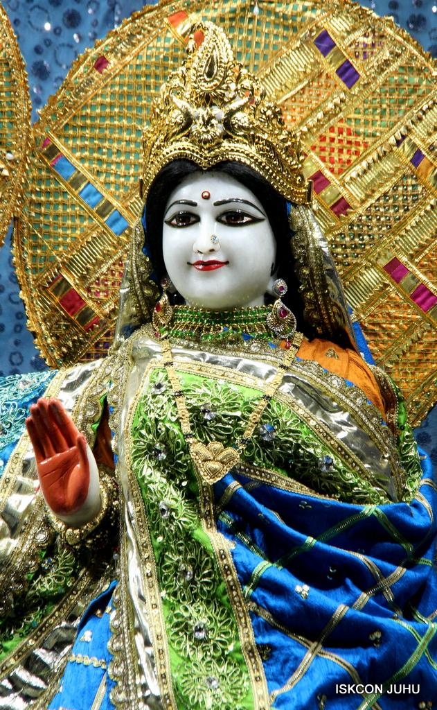 ISKCON Juhu Mangal Deity Darshan on 5th Sep 2016 (19)