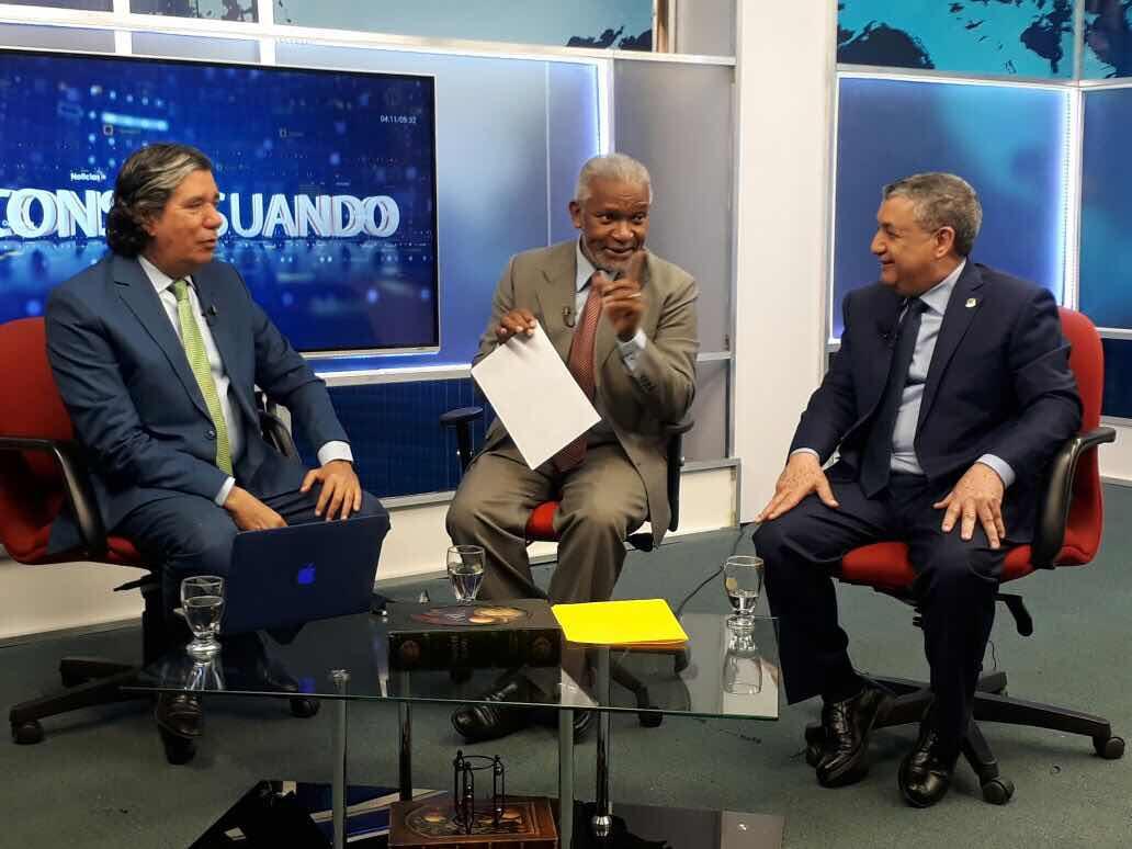 "Melanio Paredes califica de ""mal augurio"" el discurso de Reinaldo Pared Pérez ante la Asamblea Nacional."