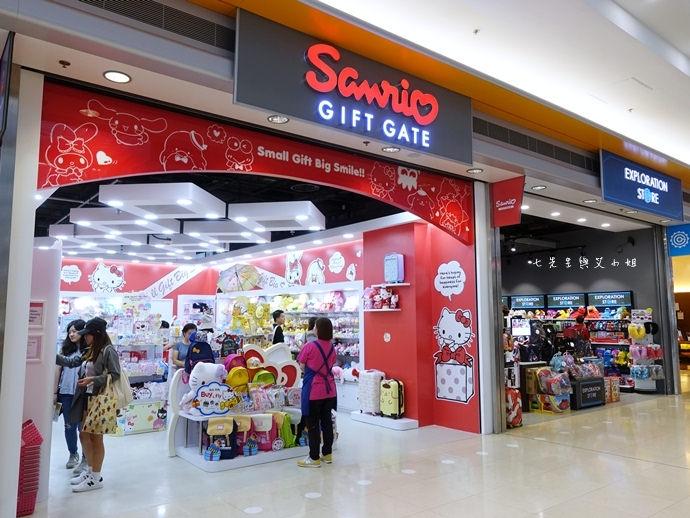 14 香港機場 迪士尼奇妙店 買達菲熊免進迪士尼樂園