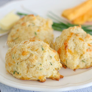 Cheddar & Chive Drop Biscuits & GIVEAWAY
