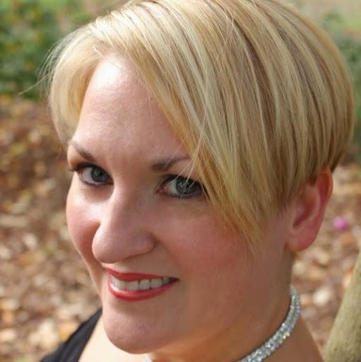Julie Proctor Photo 12