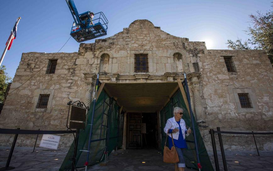 North America: Archaeological projects start to dig up secrets at the Alamo