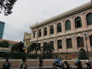 0003Central_Post_Office_-_Saigon